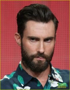 Adam-Levine-3 5 Most Attractive Dam Levine Beards