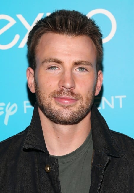 Chris-Evans-beard-3-e1447841184343 7 of The Best Chris Evans Beard Styles