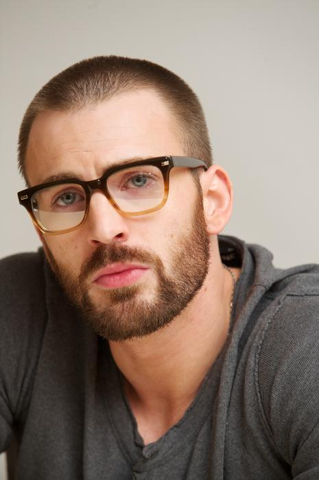 Chris-Evans-beard-6 7 of The Best Chris Evans Beard Styles