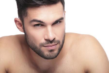 Evergreen-Chinstrap-Beard-Styles-for-Men-28-min 100 Trendy Chin Strap Beard Styles to Copy