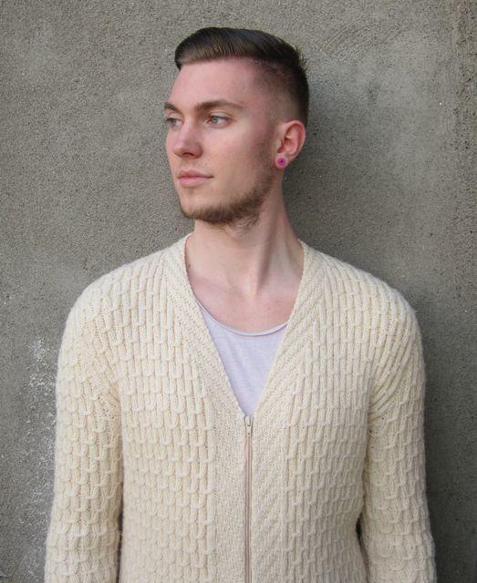 Evergreen-Chinstrap-Beard-Styles-for-Men-39-min 100 Trendy Chin Strap Beard Styles to Copy