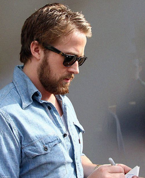 Ryan-Gosling-Beard-14 15 Alluring Ryan Gosling Beard Styles to Steal Yours