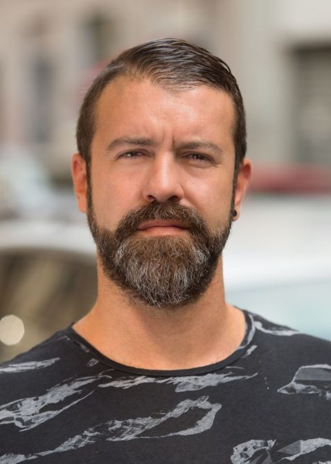 Modest Chin Beard for Round faces