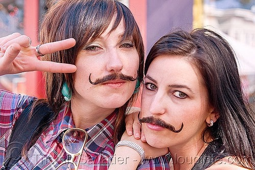 girls-with-mustaches-10 10 Pretty Girls With Unexpected Mustaches