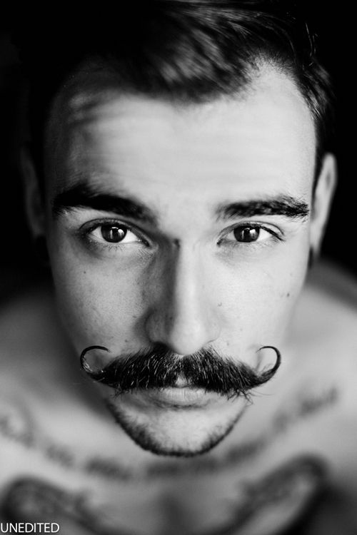handlebar-mustache-11 25 Heroic Handlebar Mustache Styles to Rock [2017]