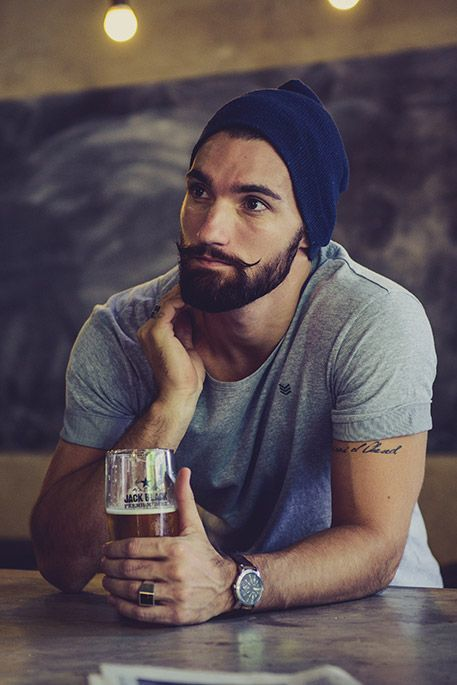 handlebar-mustache-19 20 Heroic Handlebar Mustache Styles to Rock [2017]