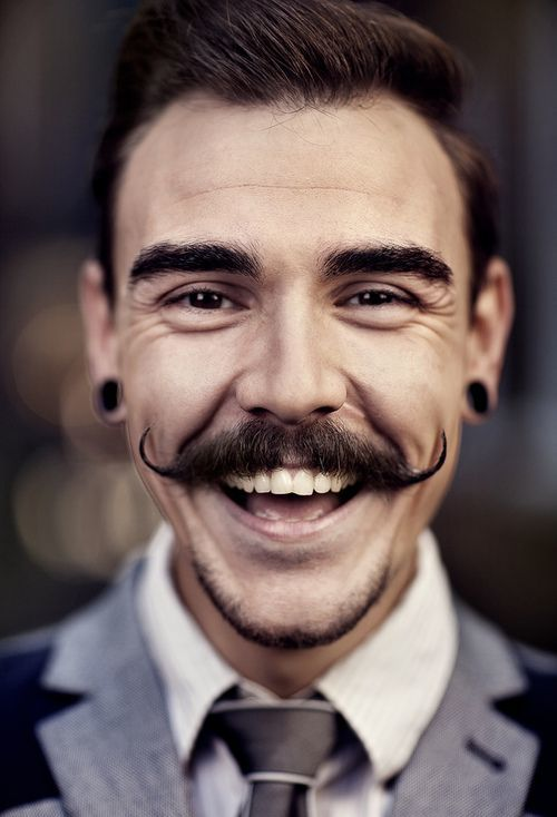 handlebar-mustache-7 40 Best Handlebar Mustache Styles to Look Sharp
