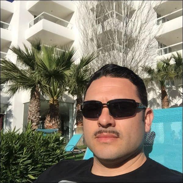 pencil mustache style 2018