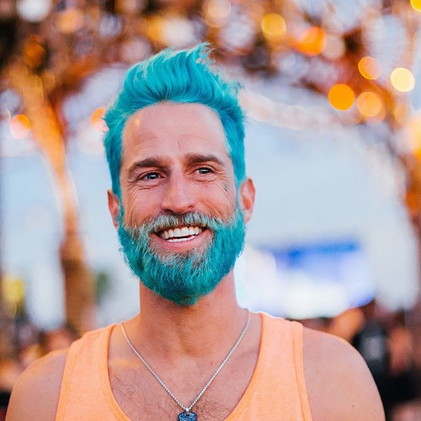 Colorful-Beards-10 10 Colorful Beards That'll Turn Some Heads