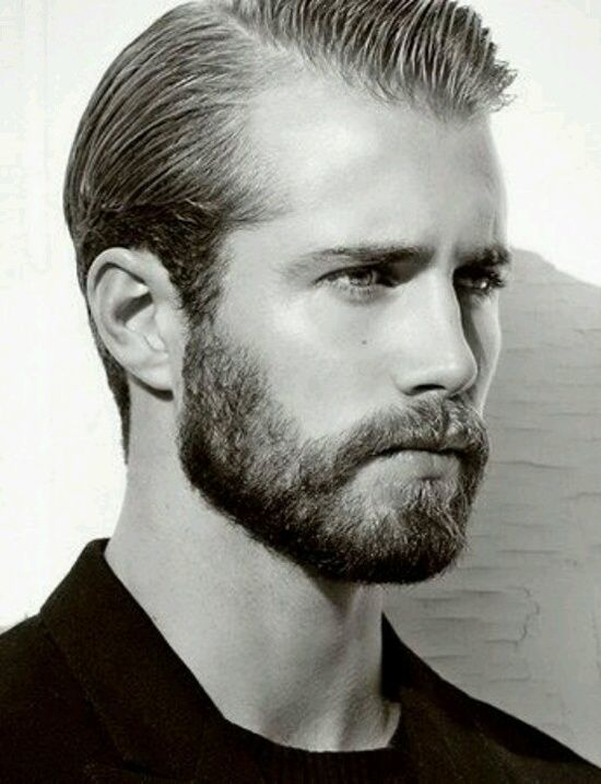short-boxed-beard-4 21 Sensational Short Boxed Beards [2019]