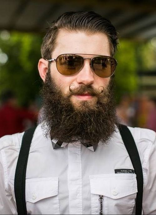 image013 Curly Beard: Top 10 Styles & How to Take Care Like A Boss