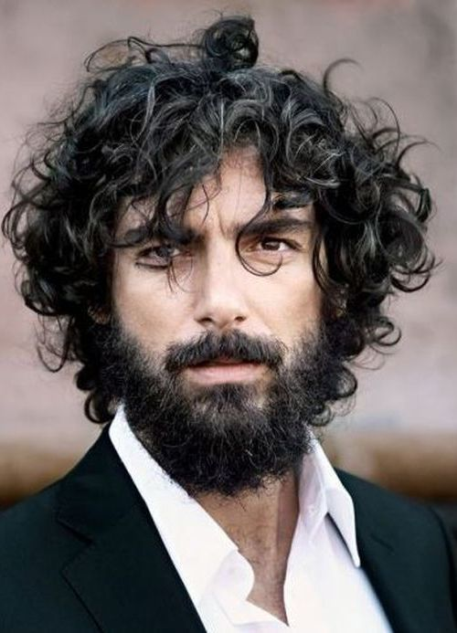 image015 Curly Beard: Top 10 Styles & How to Take Care Like A Boss