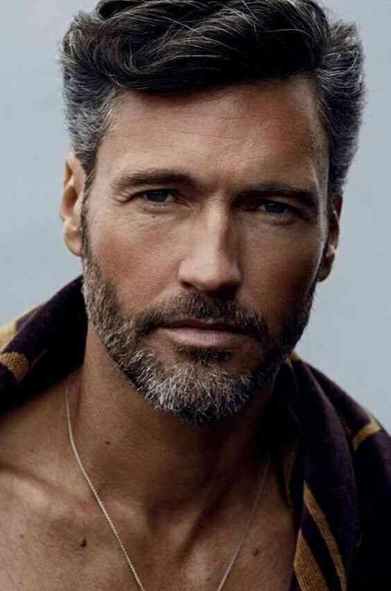 1514434476-4b3cc3d8f26e8316f0a88bdad3e24338-beard-trimming-men-beard 70 Coolest Short Beard Styles for Men