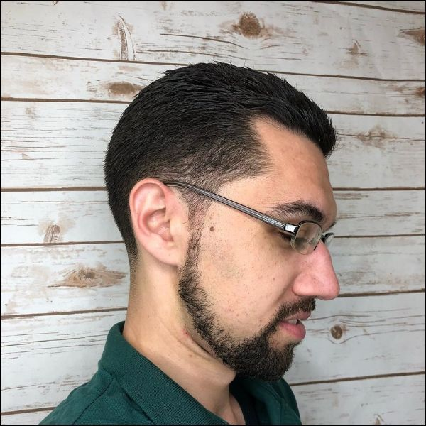chinstraps-for-men-13 100 Trendy Chin Strap Beard Styles to Copy