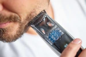 BT7215_49-MI1-global-001-300x200 Philips Norelco Beard Trimmer Series 7200: Honest Review