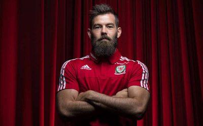 bearded sportsman Joe Ledley