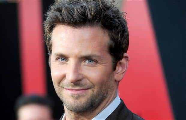 baardstijl-korte-stoppelbaard-bradley-cooper 5 O'Clock Shadow Beard: How to Get It + Top 7 Styles