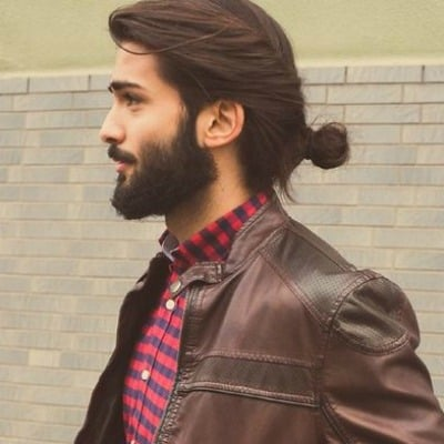Swell 20 Best Beard Styles For Guys With Long Hair Beardstyle Natural Hairstyles Runnerswayorg
