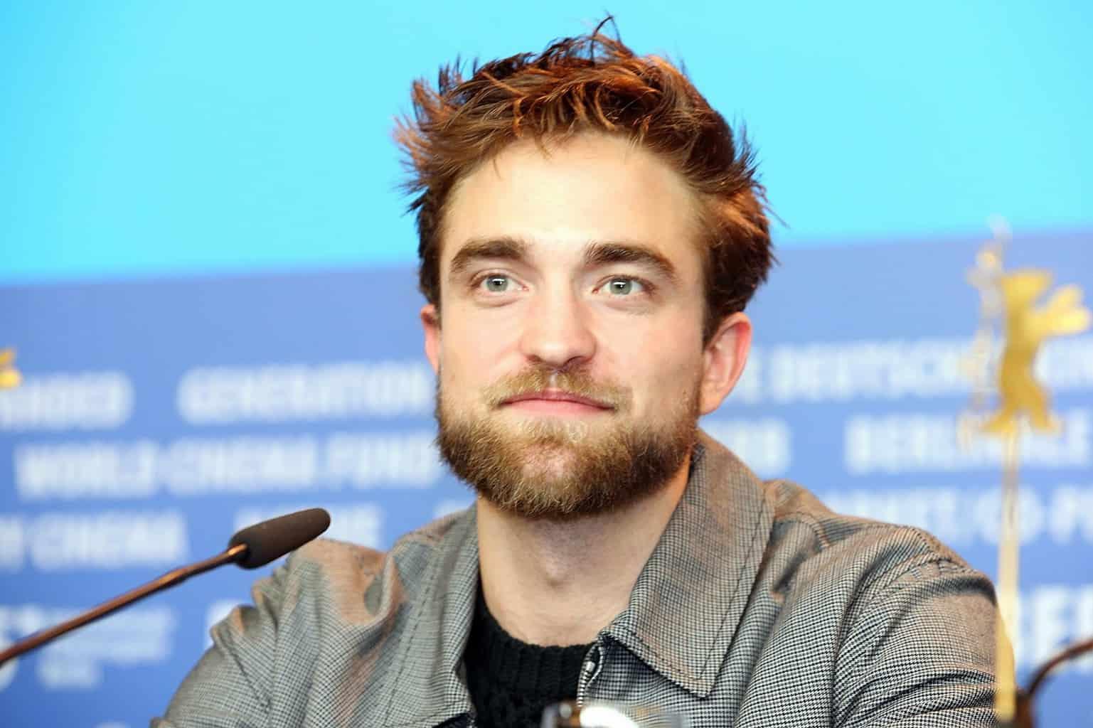 beard style of hottest Robert Pattinson