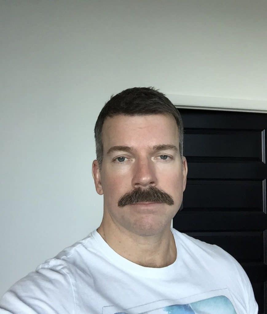 7b1e2ca3c4647804d72de9f0f69b3487-869x1024 What A Chevron Mustache Really Looks Like + Top 5 Styles