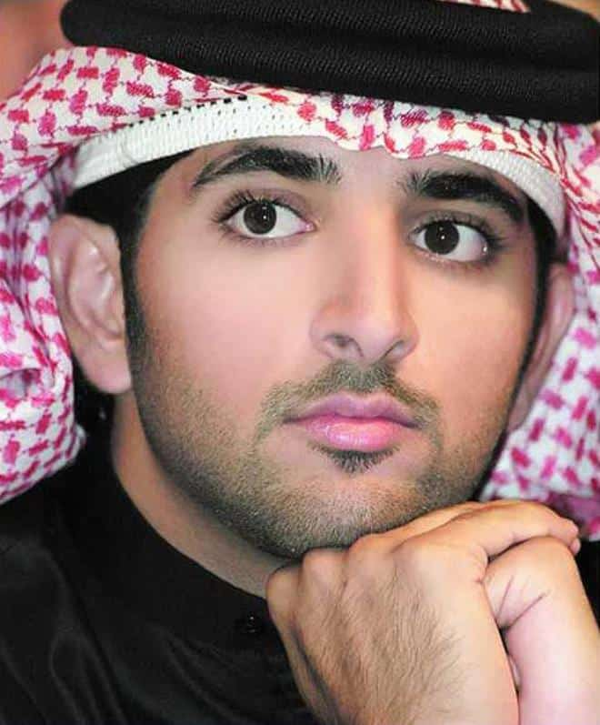 Y29udGVudC9jb250ZW50L2hhbmRzb21tbS5qcGd8NjYw 10 Most Popular Arabic Beard Styles in 2020