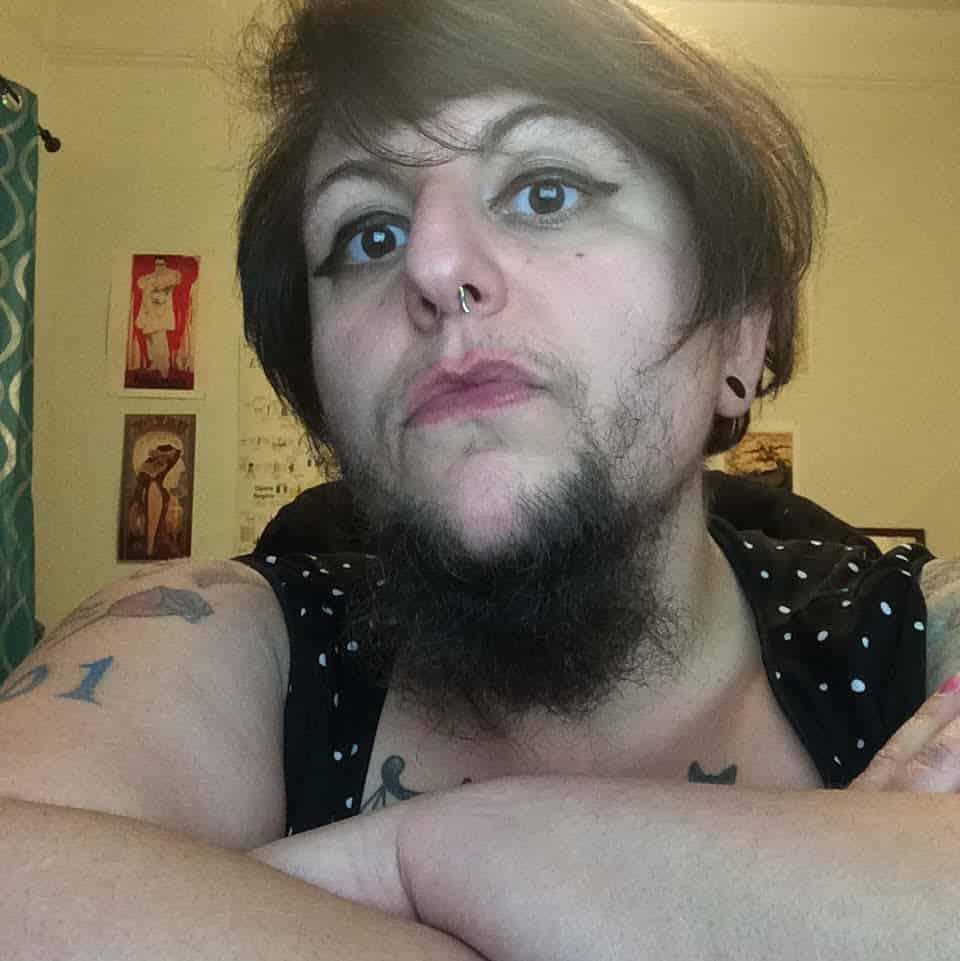 bearded-lady-little-bear-schwarz-on-making-facial-hair-intensely-feminine-body-image-1453766594 7 Unbelievable Girls With A Beard Better Than Most Men