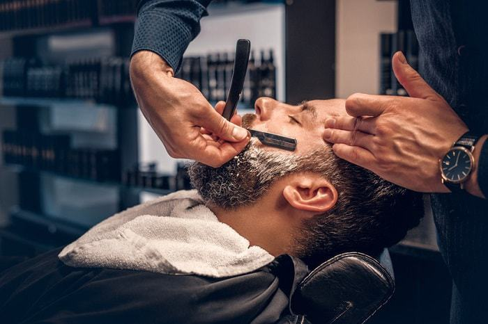 Straight-Razor-shaving Best Straight Razors for Men in 2019: Editor's Top 5 Picks