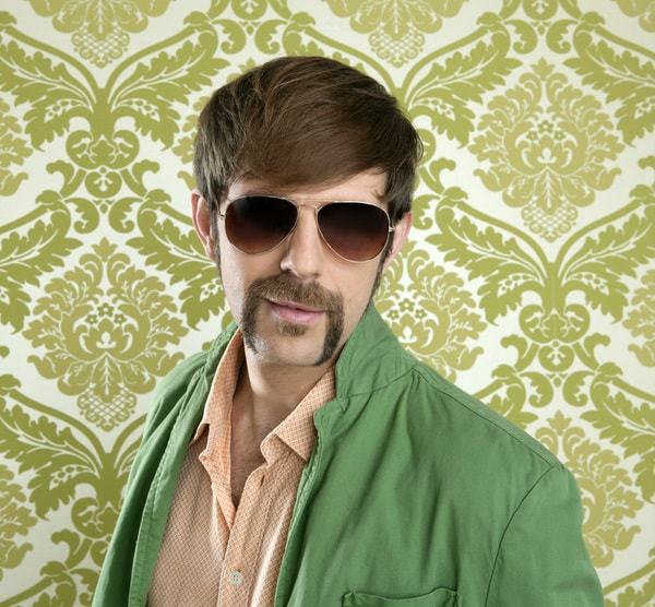 horseshoe-mustache-type 70 Hottest Mustache Styles for Guys Right Now [2020]