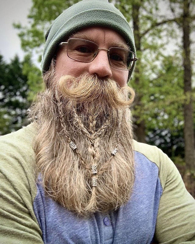 long-beard-7 70 Sexy Long Beard Styles for Men