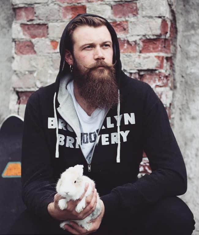 men-beard-style-17 160 Coolest Beard Styles to Grab Instant Attention