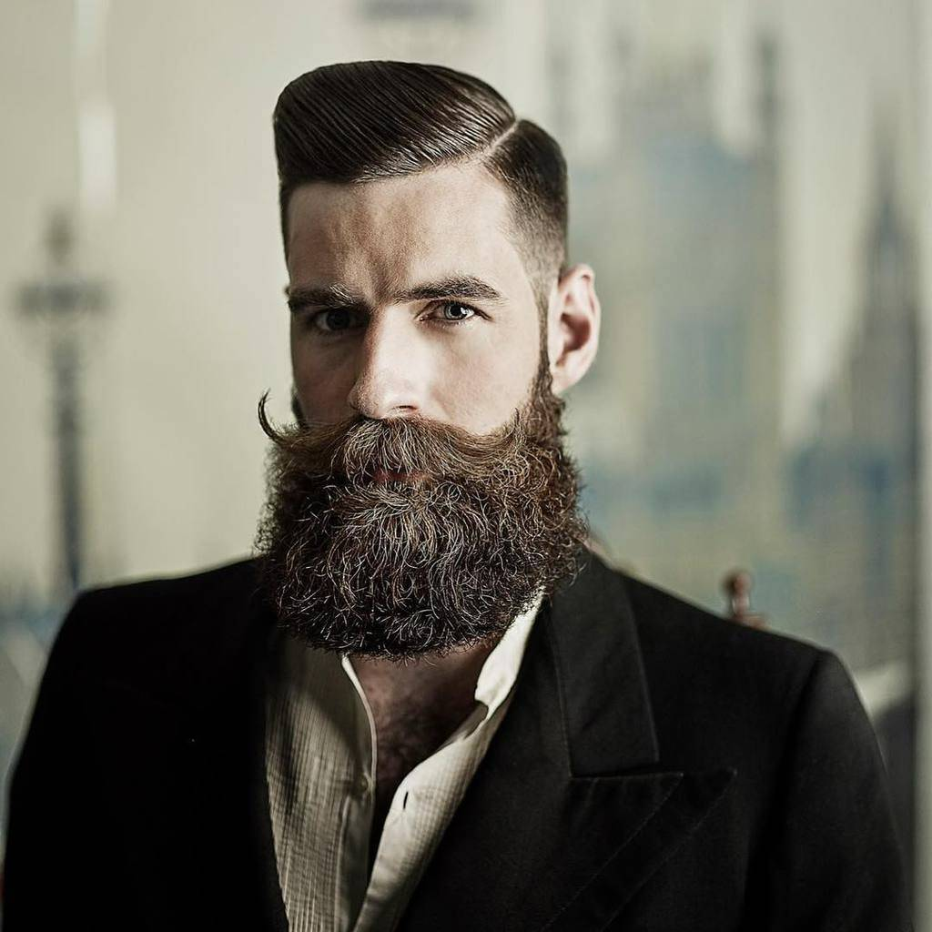 men-beard-style-34 160 Coolest Beard Styles to Grab Instant Attention