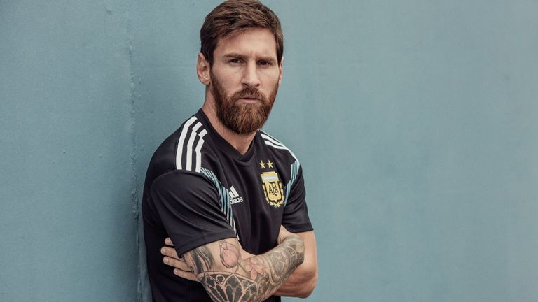 Messi-beard-style-world-cup-2018 30 Best Beard Styles Donned By Footballers in 2018 FIFA World Cup