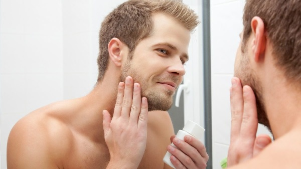 bearded-man-3 6 Steps to Avoid Neck Irritation After Shaving