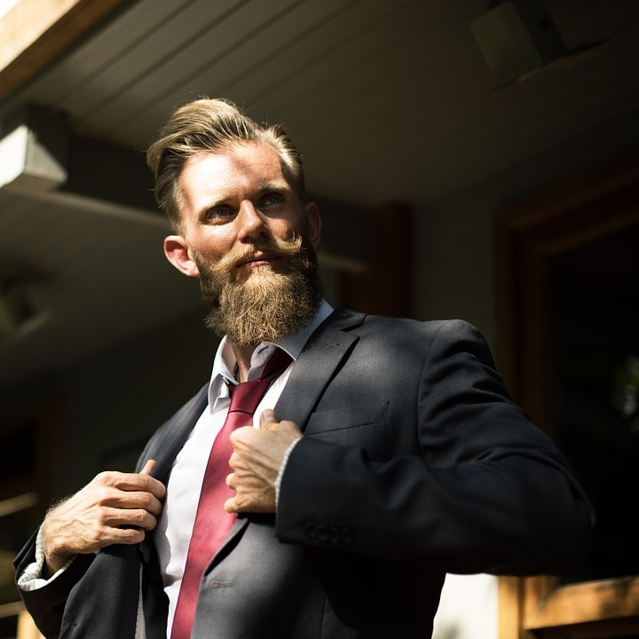 businessman 4 Benefits of CBD Oil for Your Beard