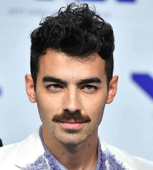 chevron-mustache 70 Hottest Mustache Styles for Guys Right Now [2019]
