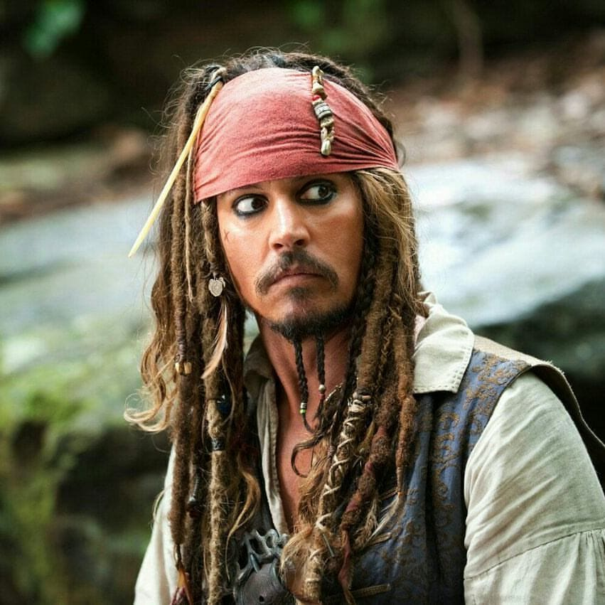 Jack-Sparrow-beard-style-Johnny-Depp How to Get Johnny Depp's Beard Style - Top 7 Looks