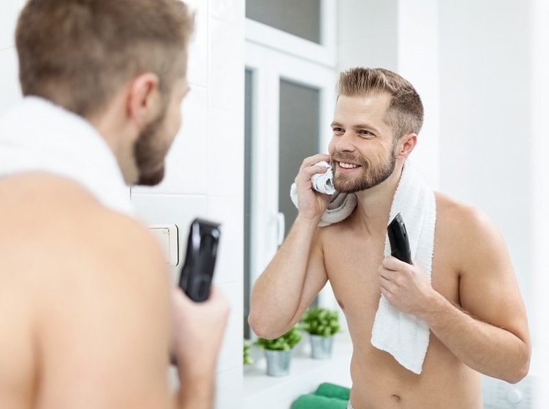 cons-of-beard-growing-min Beard or No Beard: 11 Things to Know Before You Decide