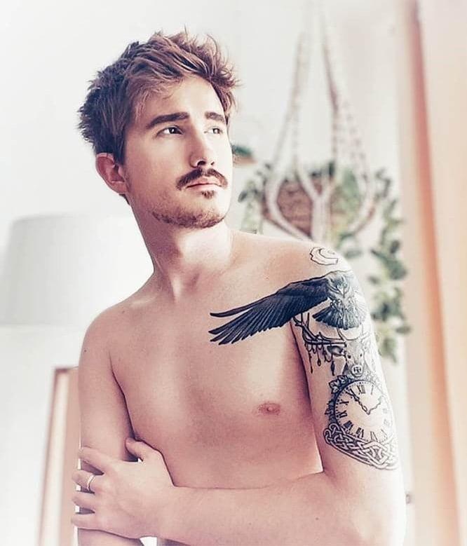 asian-mustache-6 7 Incredible Mustache Styles for Asian Men