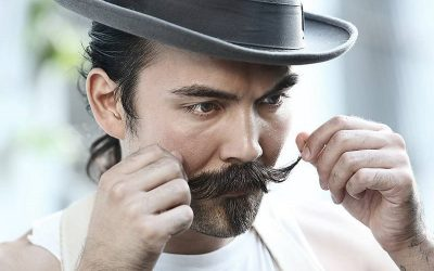 how to curl mustache