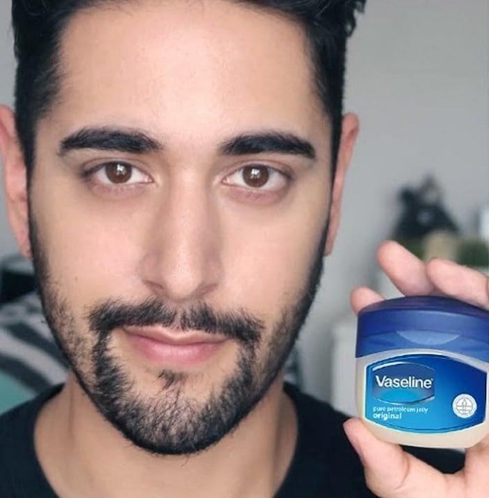 vaseline Beard Coloring Guide: How to Dye & Top 5 Beard Dyes