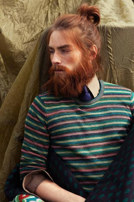 brown-hair-with-red-beard-6 15 Ways to Style Brown Hair with Red Beard