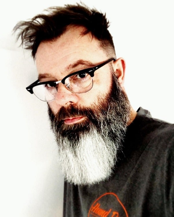 salt-and-pepper-beard-styles-12 21 Classic Salt and Pepper Beard Styles (2020)