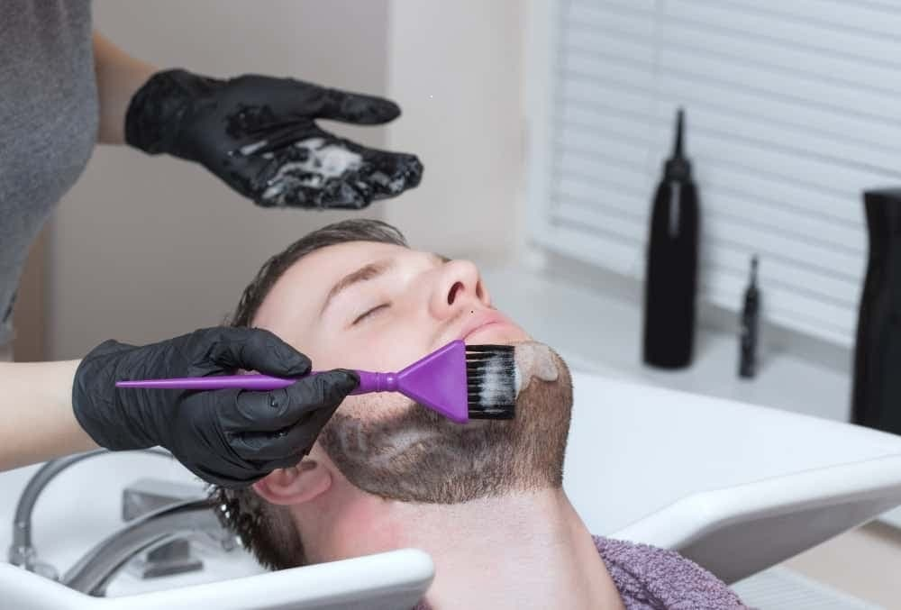Best Way to Apply Beard Dye Without Staining Your Skin