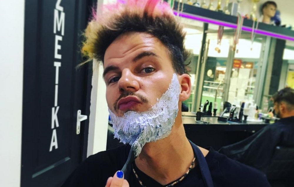 Does Beard Dye Stain Face?