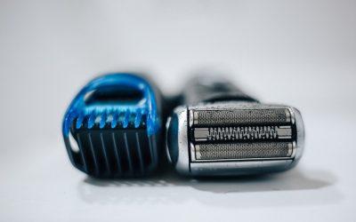 How to Lubricate an Electric Razor