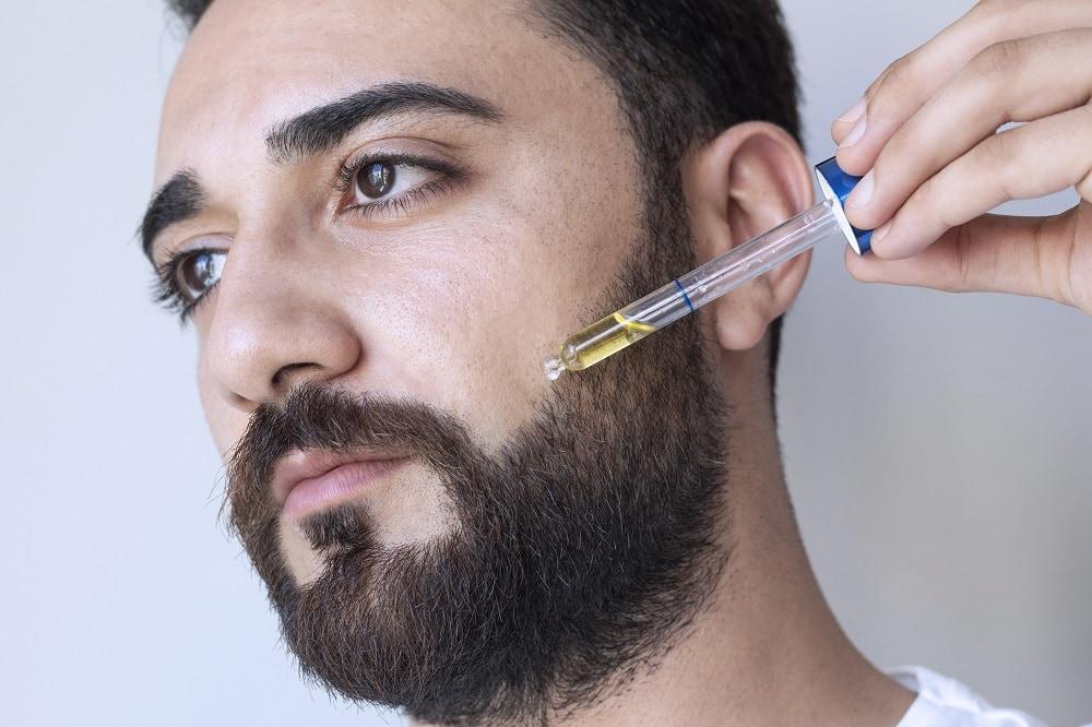 Beard Oil to Prevent Dry skin Under Beard
