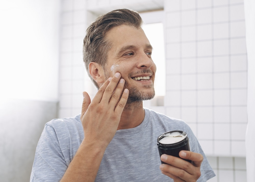 Use Good Quality Moisturizer to Get Rid of Dry Skin
