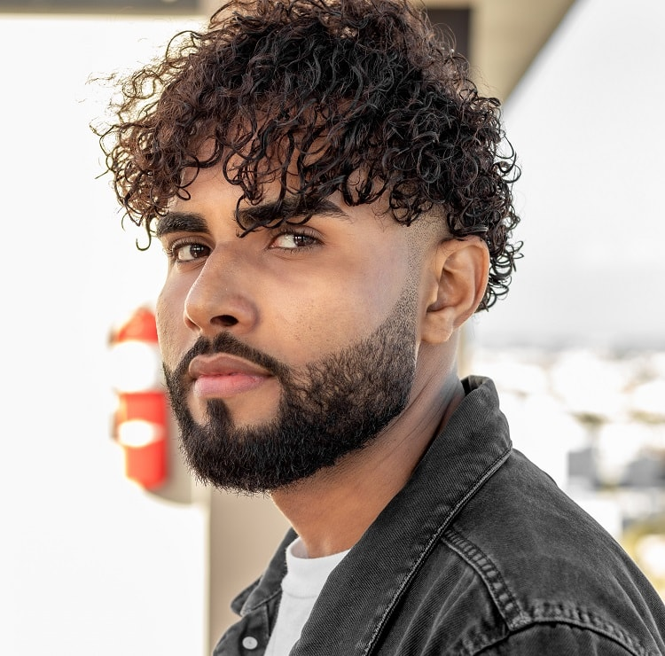 Heavy Stubble with Skin Faded Curls