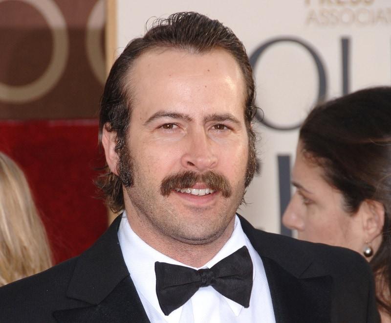 Jason Lee's Drooping Mustache