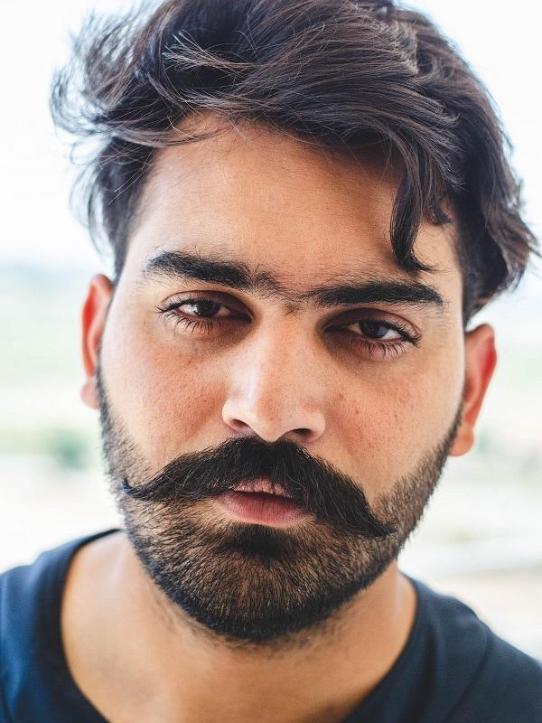 beardstache with heavy stubble